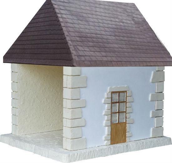 MPA toiture Plates vieillies et murs blanc